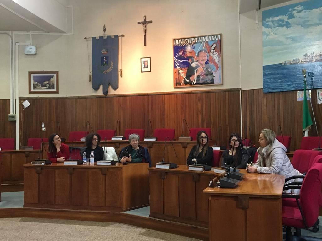 Giornata Internazionale contro la violenza sulle donne e presentazione della ricerca